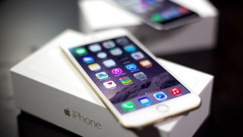 iPhone 6 con su caja