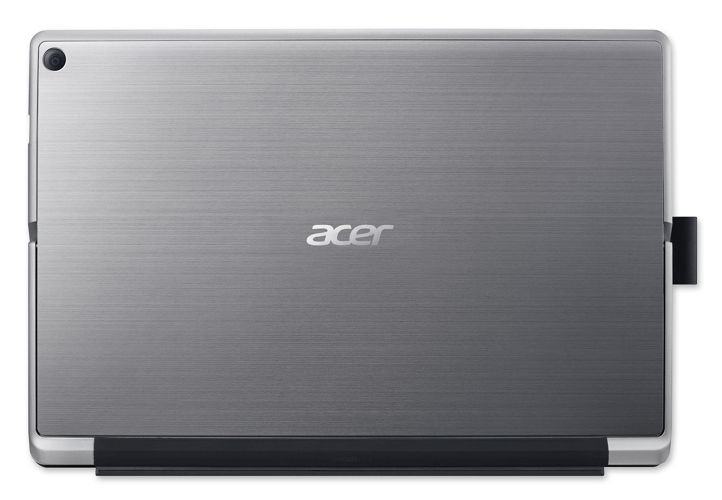 El logo de Acer preside la parte de atrás